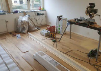 Rozbiórka starej podłogi, ocieplenie podłoża, montaz podłogi od podstaw na nowo